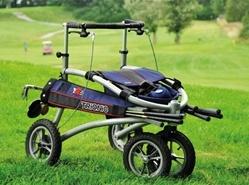 ... und auch Sport ist kein Problem: Der Golf- Rollator.... Mit großen Reifen für´s Gelände....